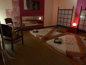 cabina-masaje-erotico-en-pareja